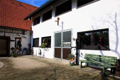 Gebäude Pumpen Gutgesell